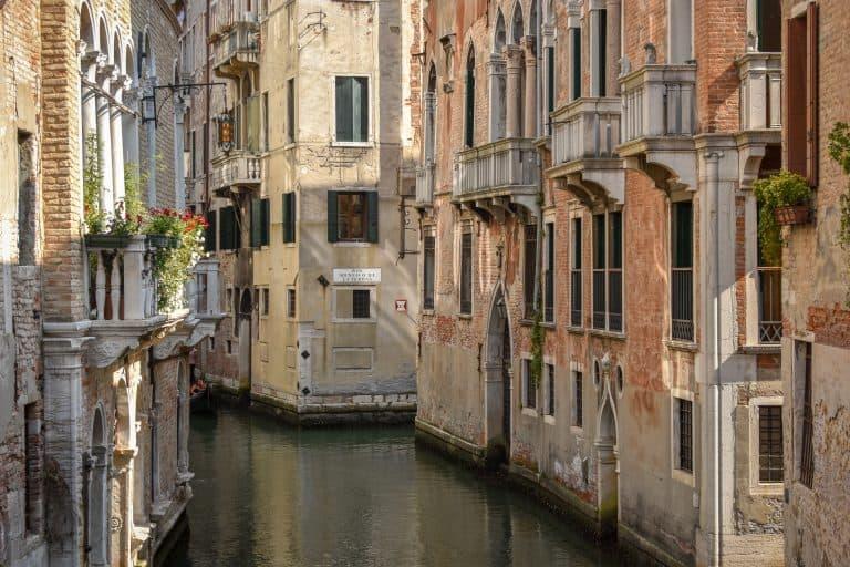 Cómo ir del aeropuerto Marco Polo al centro de Venecia (y vice versa)
